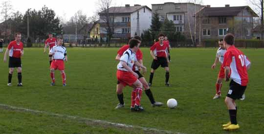 PIŁKA NOŻNA. Komplet piłkarskich rezultatów tego weekendu