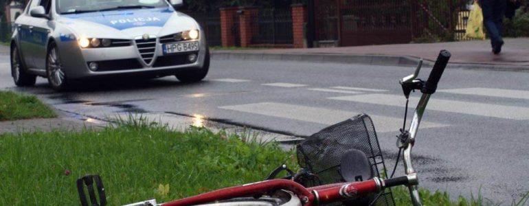 Pijany cyklista uderzył w samochód