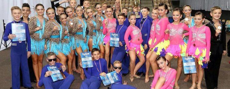 Szkoły tańca Astra i Prestiż z kolejnymi medalami – FOTO