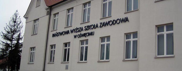 Studenci: Zmiany władz są niezbędne do prawidłowego funkcjonowania uczelni