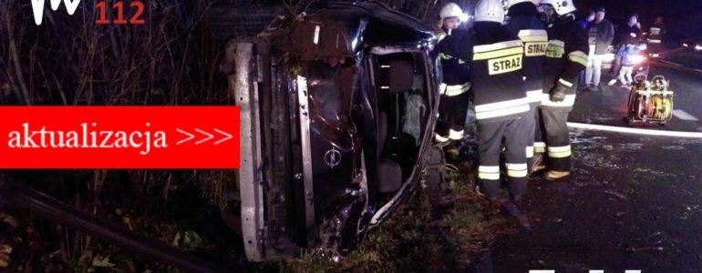Opel rozbił się na drodze Oświęcim – Kęty – AKTUALIZACJA