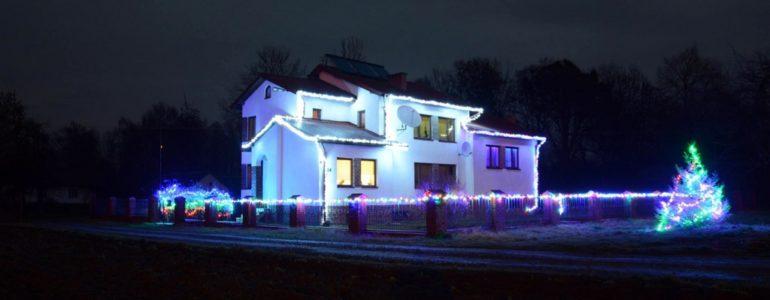 Kliknięciem w Internecie rozświetlisz lampki na jego domu