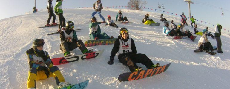 Narciarze alpejscy i snowboardziści rywalizowali o mistrzostwo – FOTO