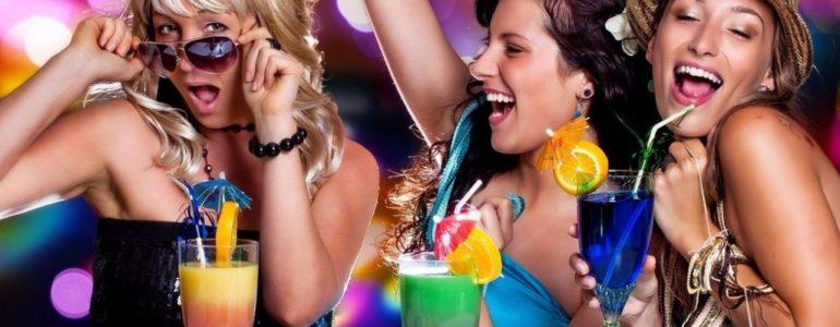 Poślij zdjęcie z przyjaciółką i zgarnij zaproszenia na Dzień Kobiet