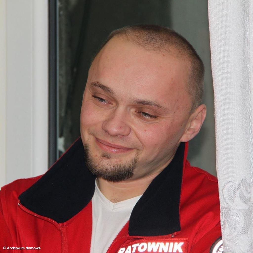 Ratownik medyczny, pomoc, pomagaj.pl, proteza, Bartosik, Darek