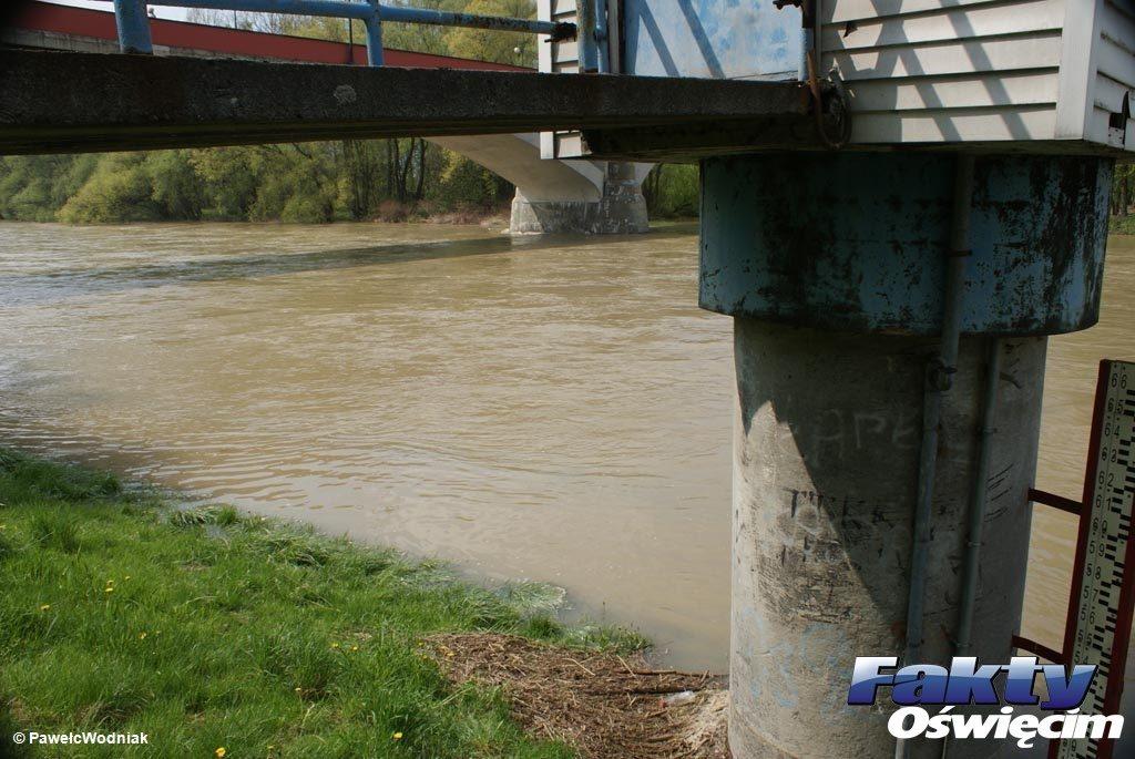 O godzinie 17 sternik oświęcimskiego samorządu ogłosił w stolicy powiatu stan pogotowia przeciwpowodziowego. Sytuacja w mieście jest cały czas monitorowana.