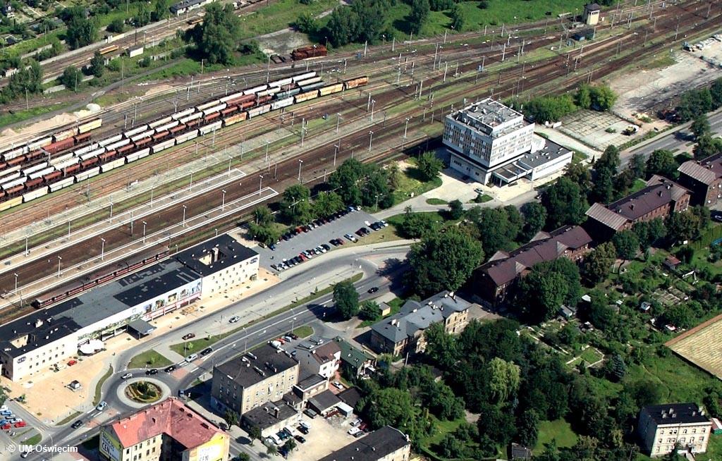 Straszący swoim widokiem hotel Glob w Oświęcimiu wkrótce zniknie z krajobrazu Oświęcimia. Miasto planuje rewitalizację obszaru przy dworcu kolejowym.