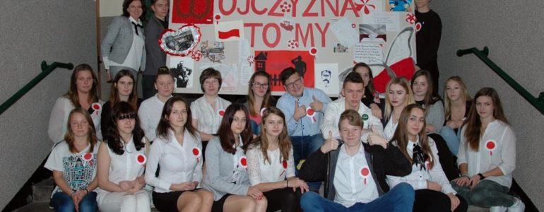 Święto Niepodległości w naszych szkołach – FOTO