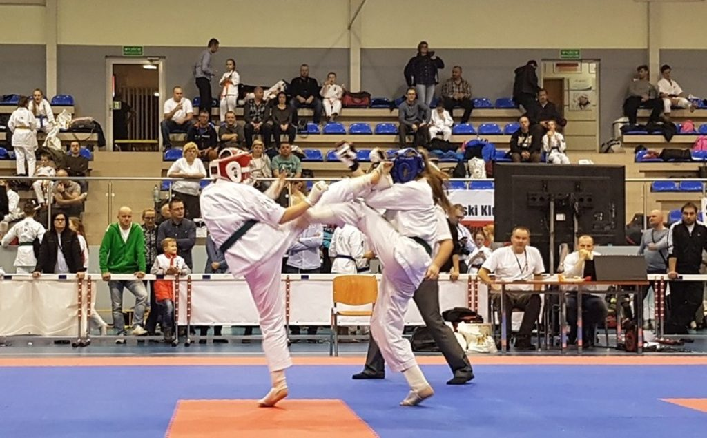 W niedzielę 11 lutego o godzinie 8 w hali sportowej w Brzeszczach rozpocznie się druga runda Polskiej Ligi Kickboxingu.