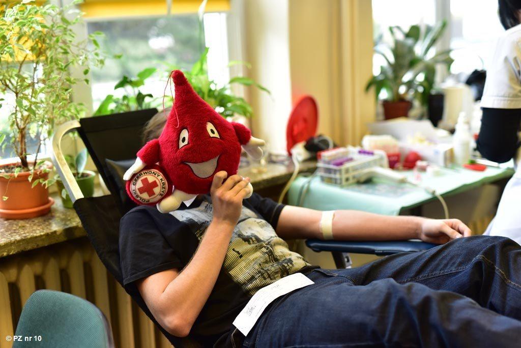 We wtorek każdy krwiodawca, jak też osoby, które chcą krwiodawcami zostać, mogą przyjść do kęckiego Kopernika na akcję oddawania krwi.
