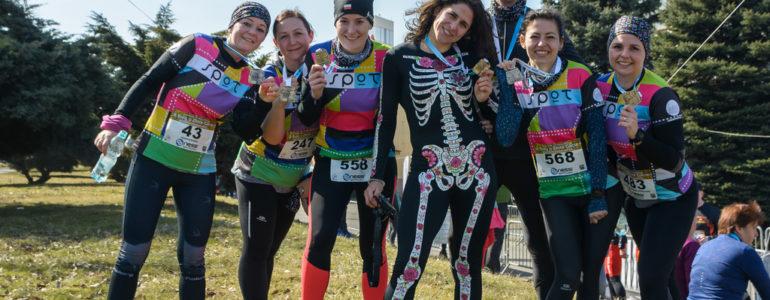 Pół tysiąca biegaczy walczyło o Złote Gacie – FOTO