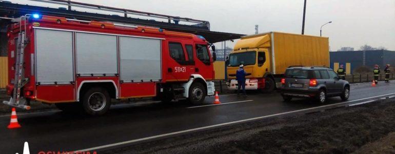 Zderzenie ciężarówek na krajówce