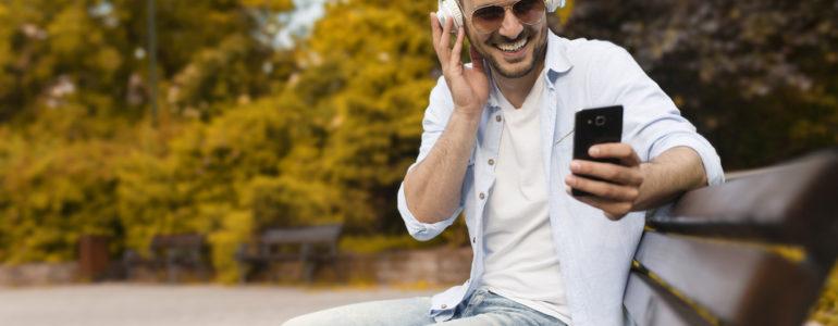 Jak sprawdzić do kogo należy numer telefonu komórkowego?