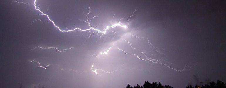 Burza z Krakowa podąża w stronę Oświęcimia