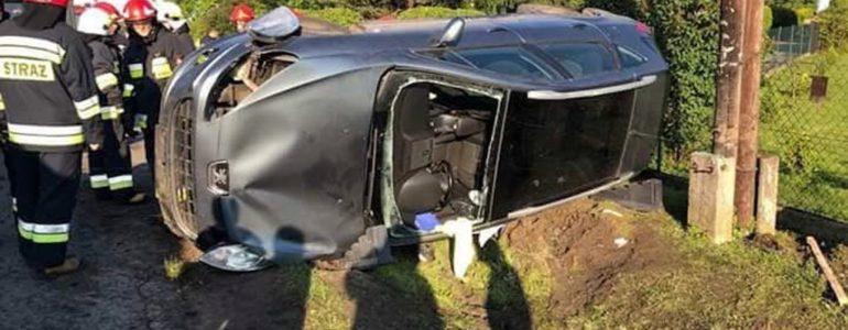 Dwa zderzenia. Dziecko w jednym z samochodów – FOTO
