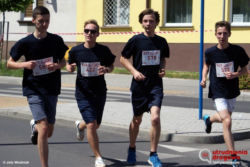 Mieszkańcy Oświęcimia i kierowcy przejeżdżający przez to miasto w trakcie Tauron Life Festival Oświęcim muszą się liczyć z utrudnieniami w ruchu drogowym.