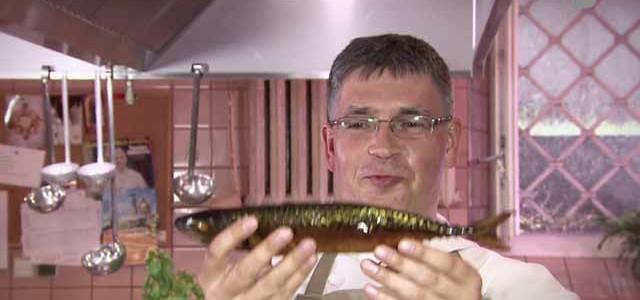 KULINARIA. Pasta z wędzonej makreli (ZOBACZ FILM)