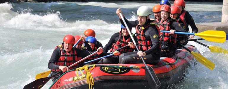 Dunajec – tradycyjny spływ czy rafting na pontonie?