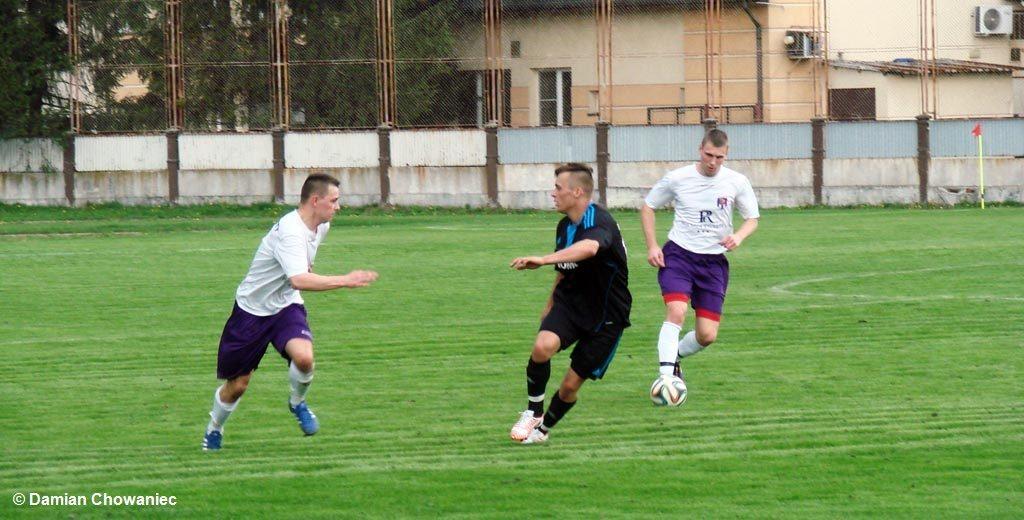 Team Sport Hejnał wygrał na wyjeździe z Solavią Grojec 6:1. Drużyna z Kęt jest pewna liderowania przynajmniej do wznowienia gry w rundzie wiosennej.