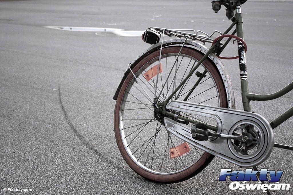 6,42 promili alkoholu wydmuchało łącznie pięciu rowerzystów zatrzymanych przez policję. Kolejni jechali na bicyklach, mimo, że zabronił im tego sąd.