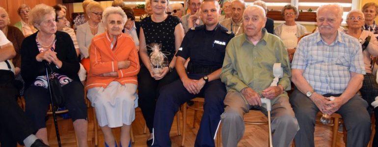 Bezpieczny senior to świadomy senior