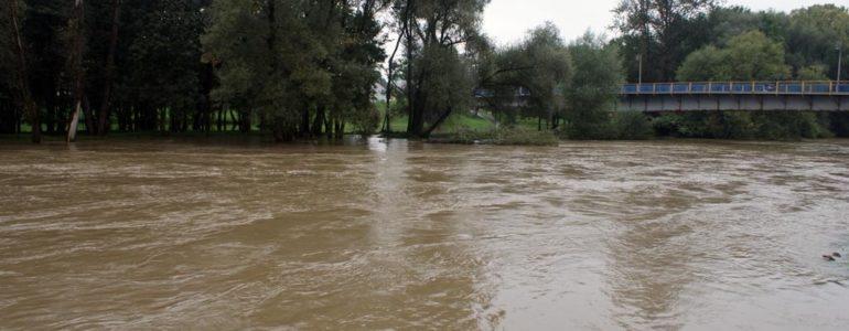 Sytuacja powodziowa się poprawia – FILM, FOTO