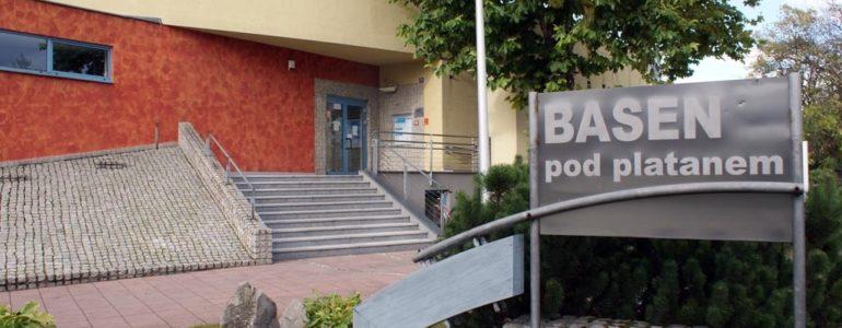 Bakteria zamknęła brzeszczański basen – FILM