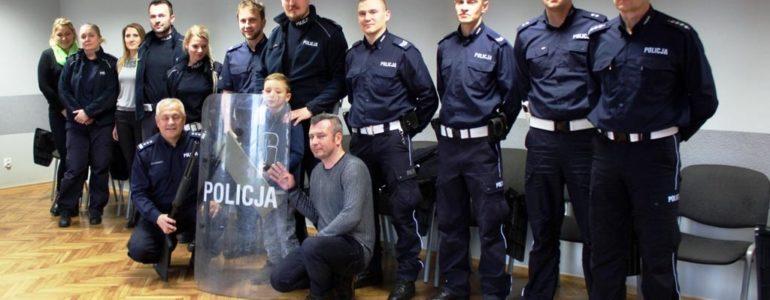 Posterunkowy Tymonek Stanek. Policjanci spełniają marzenia – FOTO