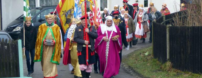 Orszak Trzech Króli przeszedł ulicami Włosienicy – FOTO