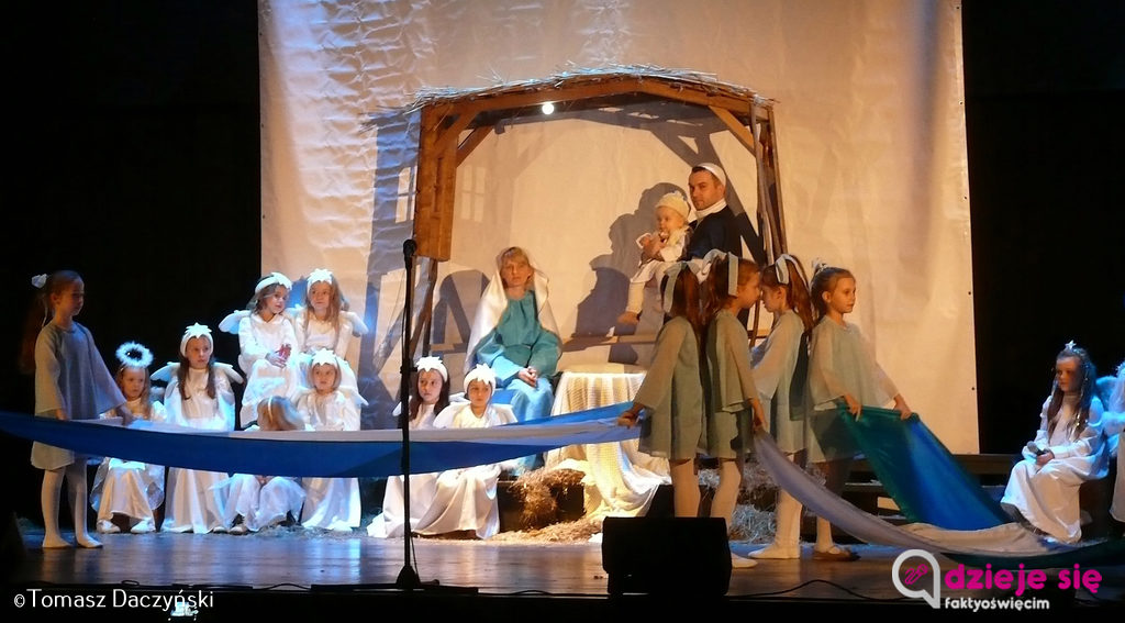 Prawie 100 aktorów zagrało w tradycyjnych jasełkach salezjańskich w Oświęcimiu. Kolejny występ można zobaczyć w niedzielę 14 stycznia o godzinie 16 do Sanktuarium Matki Bożej Wspomożenia Wiernych.