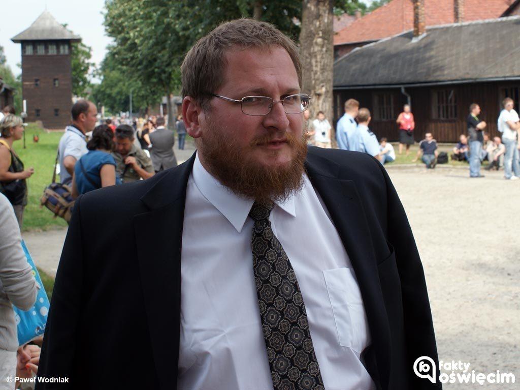 Międzynarodowa Rada Oświęcimskawzięła w obronę Piotra Cywińskiego, dyrektora Państwowego Muzeum Auschwitz-Birkenau.