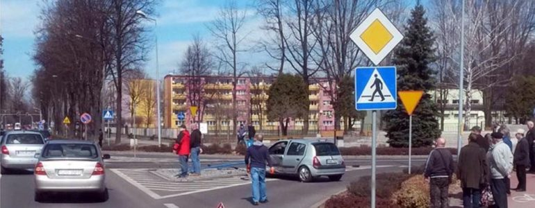 """Kolejny """"dzwon"""" na skrzyżowaniu przy kościele Maksymiliana – FILMY, FOTO"""