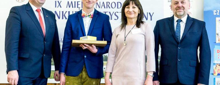 Igor Stoczek i Aleksandra Brusik na podium międzynarodowego konkursu