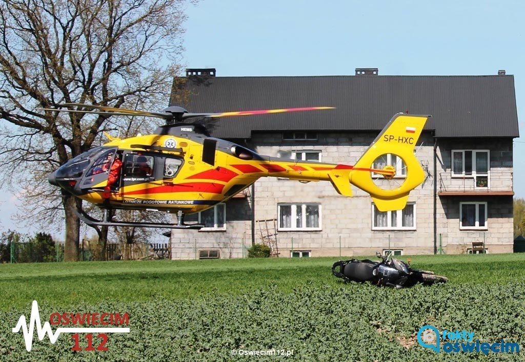 Dzisiaj po godzinie 13 w Głębowicach motocyklista wypadł z drogi w Głębowicach. Na miejscu są służby ratownicze, w tym lotnicze pogotowie ratunkowe.