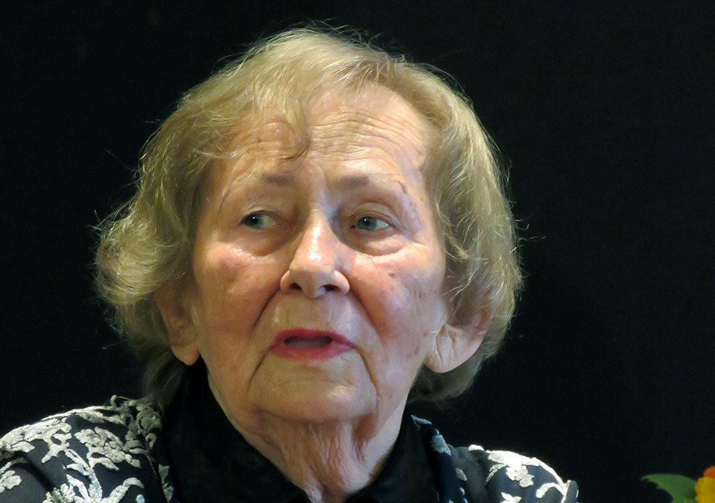 Urszula Kozioł, poetka, prozaiczka, felietonistka, autorka form dramatycznych, w tym inscenizacji dla dzieci oraz monodramów będzie gościem Galerii Książki w Oświęcimiu.