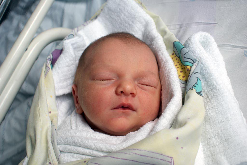Wiktoria, Karolina, dwóch Bartoszów, Filip, Kornel i Patryk urodzili się w ostatnich dniach w Szpitalu Powiatowym w Oświęcimiu. Witamy wśród nas.