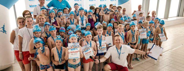 162 medale trafiły do rąk młodych pływaków w Oświęcimiu
