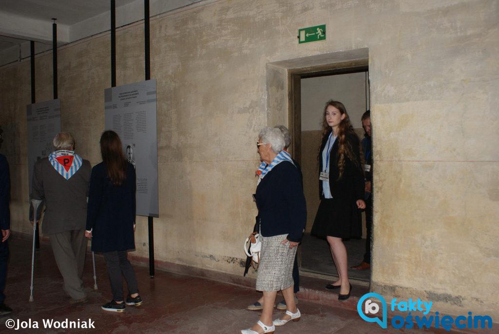 """Wystawę """"Ruch oporu w KL Auschwitz"""" udostępniło dzisiaj do zwiedzania Państwowe Muzeum Auschwitz-Birkenau w Bloku 11 dawnej Fabryki Śmierci."""