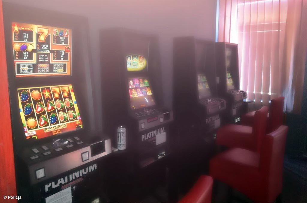 Tym razem w Oświęcimiu policjanci i celnicy zlikwidowali punkt z hot-spotami. To, po akcji w Brzeszczach, kolejny cios w hazard.