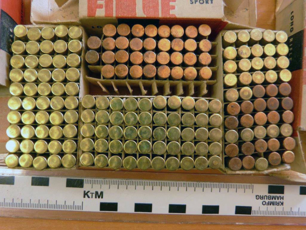 Mieszkaniec Brzeszcz podczas porządków znalazł na strychu amunicję pochodzącą prawdopodobnie z lat pięćdziesiątych XX wieku.