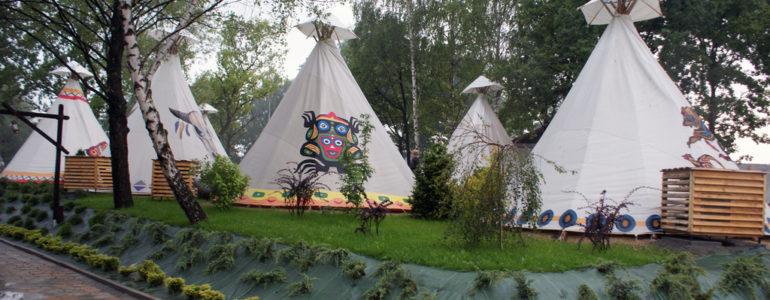 Western Camp Resort. Nowe miejsca noclegowe na mapie powiatu – FILM, FOTO