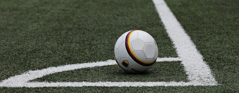 Piłkarze z naszego powiatu nie zagrają. Wiemy co ze spadkami i awansami