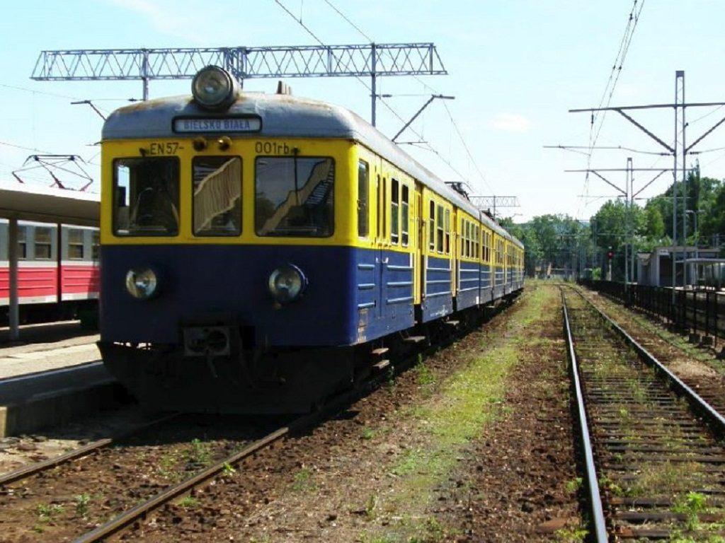 Od najbliższej niedzieli ruch na trasie Kęty - Bielsko-Biała zostanie wstrzymany. Na czas remontu trasy będzie uruchomiona zastępcza komunikacja autobusowa.