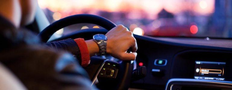 Złamał kierowcy rękę przez… gumę do żucia