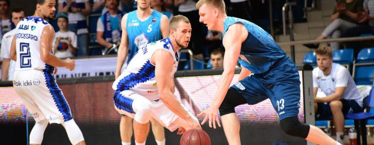 Elita koszykarska zagra podczas otwarcia nowej hali