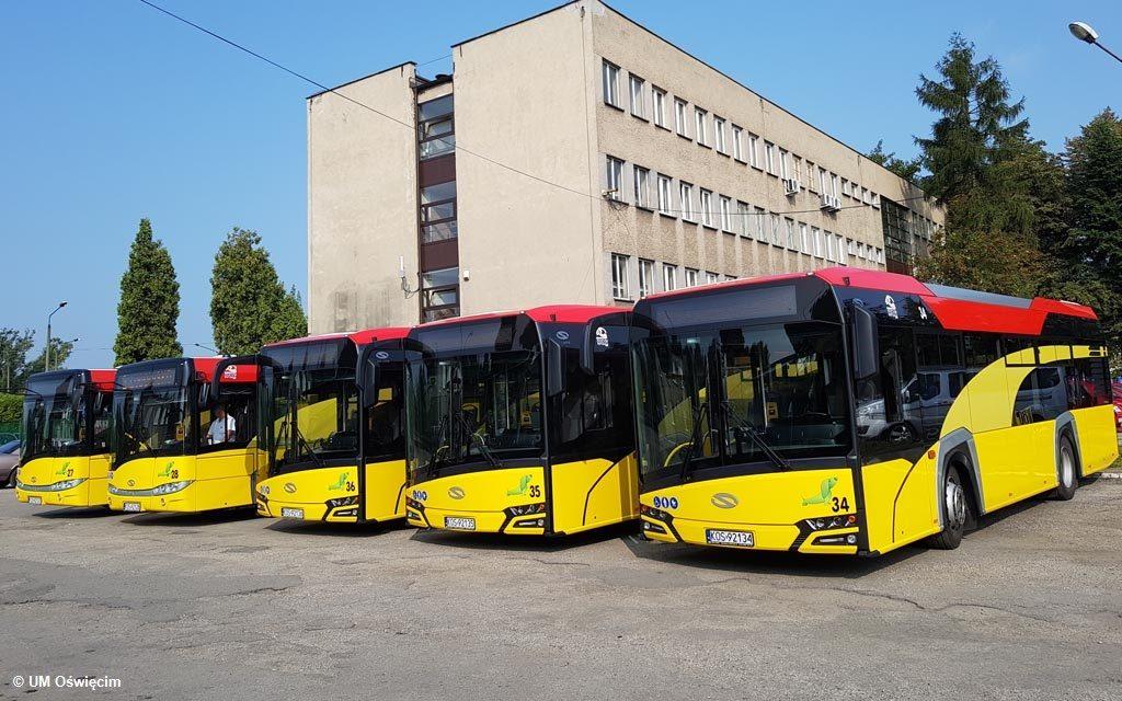Do Oświęcimia dotarło kolejne pięć solarisów. Zakład Komunikacji Miejskiej dysponuje już zatem dziesięcioma nowoczesnymi autobusami hybrydowymi.