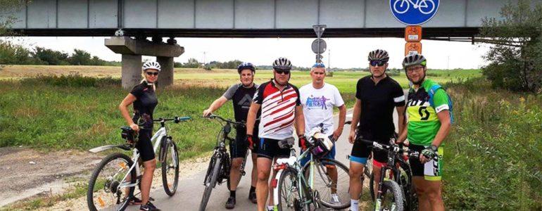 Pojadą na rowerach z Krakowa do Oświęcimia