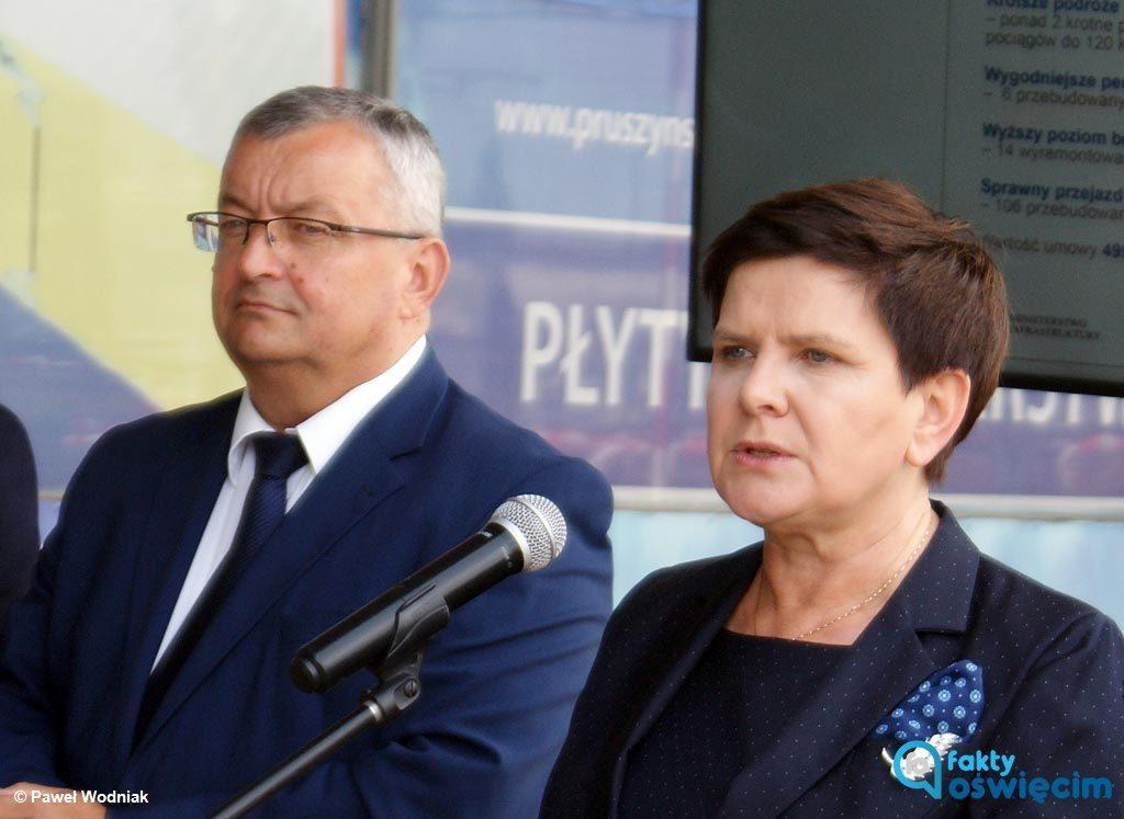 List otwarty adresowany do Beaty Szydło przekazały dzisiaj mediom cztery organizacje ekologiczne walczące ze smogiem. Publikujemy go eFO.