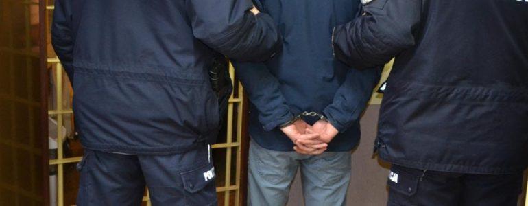 Kolumbijczyk odpowie za przestępstwa narkotykowe