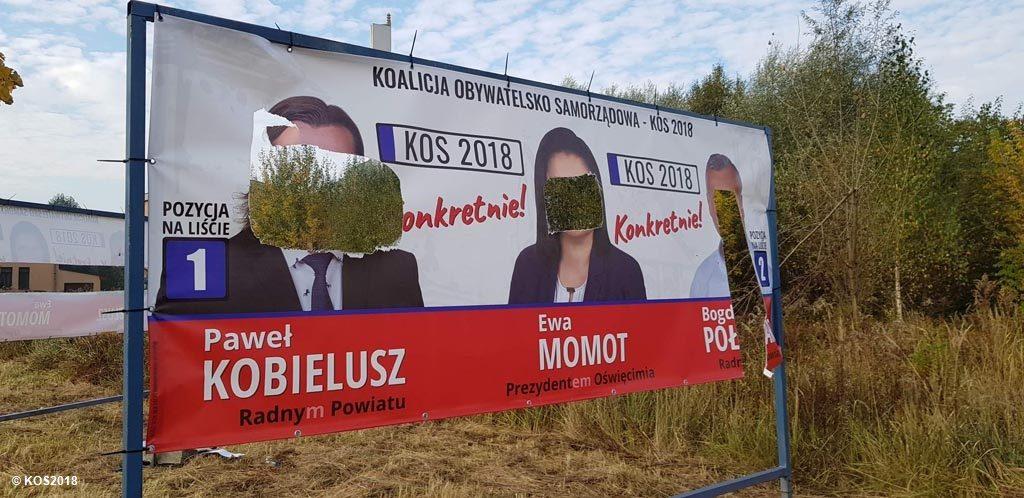 Ktoś zdewastował banery wyborcze Komitetu Wyborczego Wyborców Koalicja Obywatelsko Samorządowa KOS2108. Sprawa trafiła już na policję.